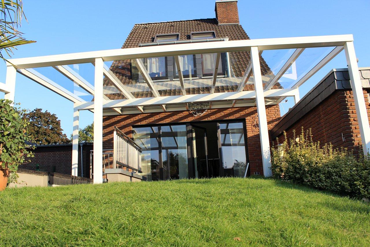 Terrassenüberdachung klar