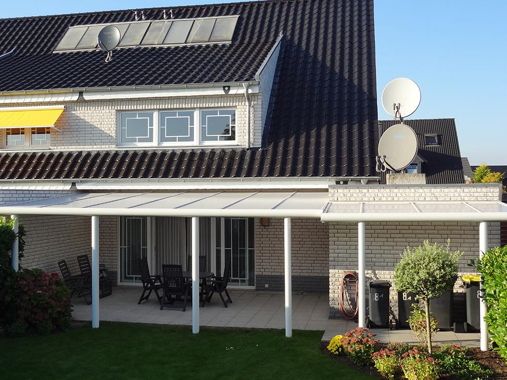 Terrassenüberdachung Alu mit Polycarbonatplatten 4m breit x 4m tief ...